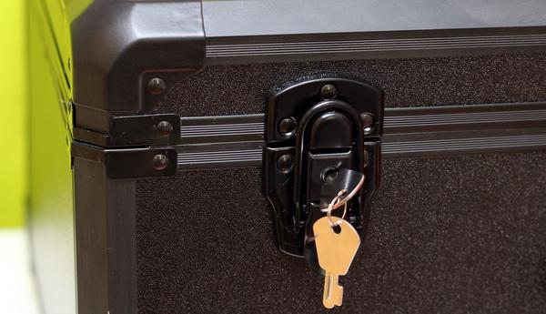 DJI Phantom 3 case lock by key
