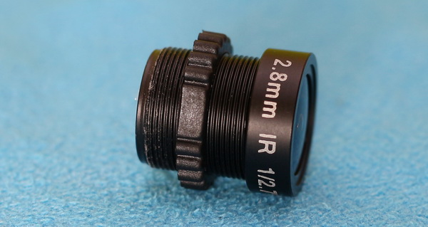 Aomway 1/3 review - Lens with IR filter