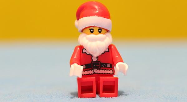 Eachine E011C drone review: Santa Claus figures