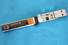 Makerfire_Armor_65_Lite_battery_charging