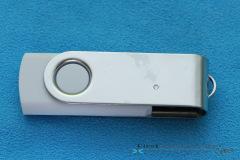 Elegoo_Mars_2_Pro_tools_USB_drive