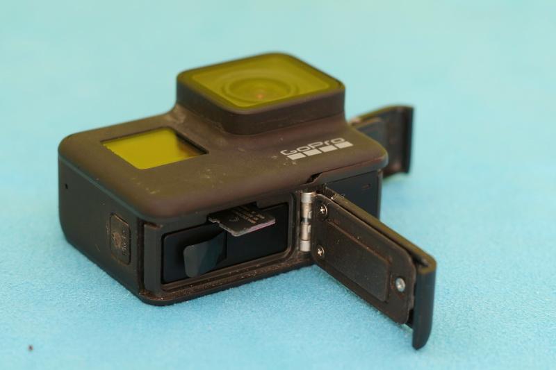 GoPro_Hero_7_Black_micro_SD_slot