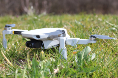 PGYTECH_Mavic_Mini_landing_gear_extensions_ground_clearance_land