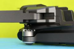 SJRC-F11-4K-Pro-folding-mechanism