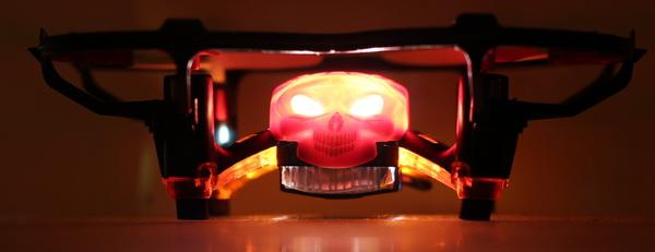 GW008 Mini Skull review - FrighteningLEDs