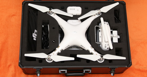 Realacc Phantom 3 case accommodates