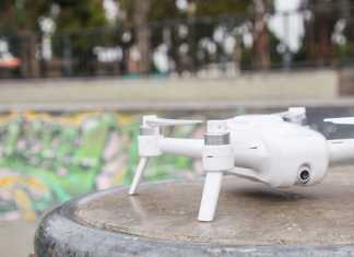 Yuneec Breeze selfie quadcopter