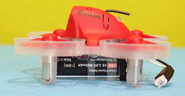 Eachine M80S Review: Battery orientation