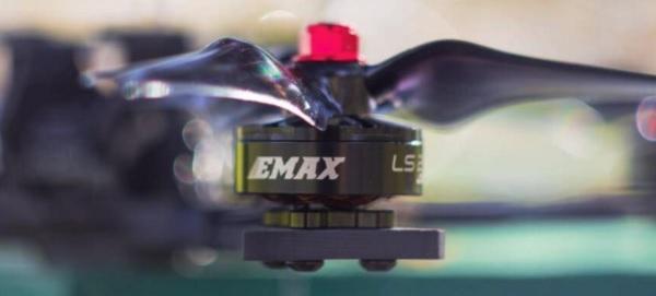 Emax HAWK 5 motor: LS2206 2300kv
