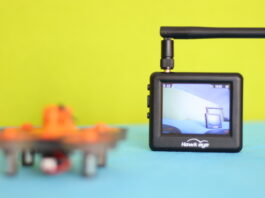 Hawkeye Little Pilot Master FPV screen